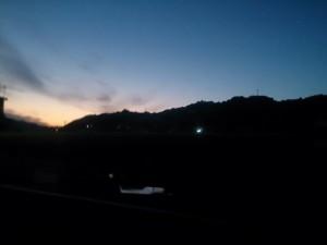 昨日、娘が撮った夕焼け。イマドキのスマホが優れてる(笑)