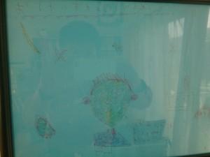 少し見にくいけれど、誕生日に娘が書いてくれた絵