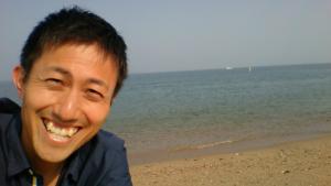 「あぁ~、海へ行きたい~」こちらは、淡路島の海