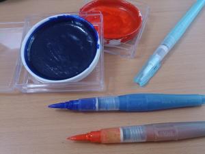 僕が普段つかっている「水筆」と「顔彩」