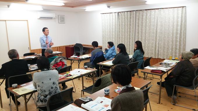 高知県での生産者さんとの手書きPOP講座の様子