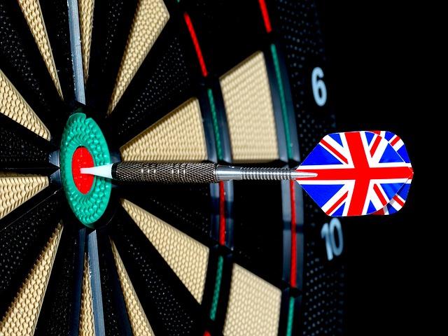 dart-454190_640