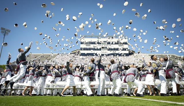 graduation-802899_640