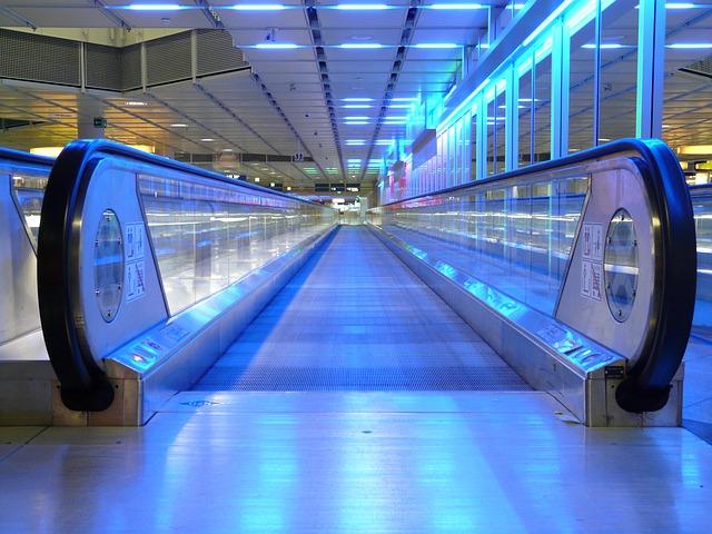 escalator-64361_640