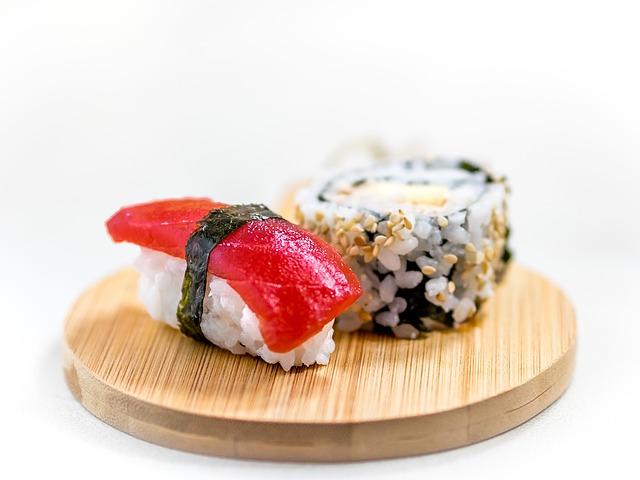 sushi-1197838_640
