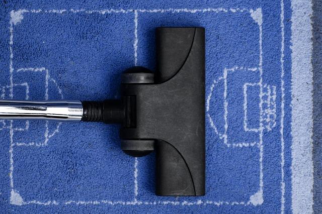 vacuum-cleaner-268135_640